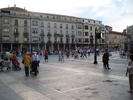 catedraldeleon_plazaregla2_430.jpg