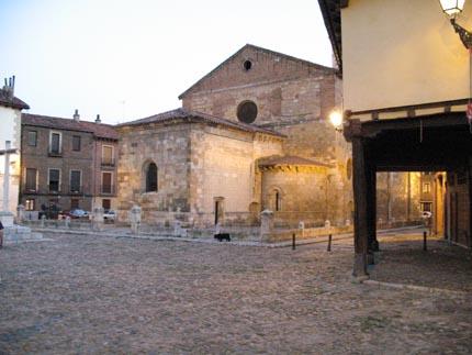 leon_plazadelgrano_cvtostamaria2_430.jpg